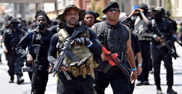 3 los miembros de las milicias armadas heridos en tiroteo en Breonna Taylor protesta