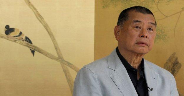 AP Entrevista: Hong Kong medios de comunicación tycoon dice ahora la ciudad de 'los muertos'
