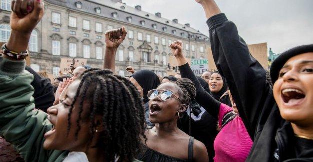 Activistas de los derechos de decir Daneses conscientes de racismo en su país