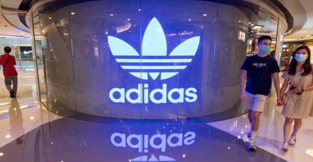 Adidas recursos humanos jefe se cierra en medio de racismo fila