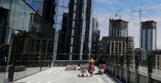 Amazon, un refugio para personas sin hogar se enfrenta a Seattle crisis, la crítica