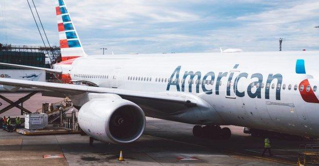 American Airlines pasajeros supuestamente retirado más de negarse a usar una máscara, otros de alegría