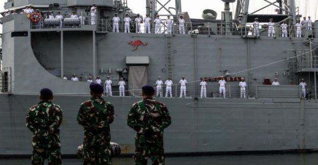 Australia busca de misiles de largo alcance en defensa de turno