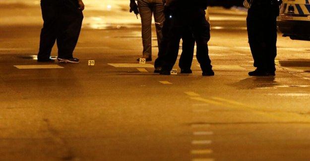 Avalancha de Chicago de la autopista de tiroteos indicaciones del Estado de Illinois llamada de la Policía para obtener más cámaras, lectores de placas de
