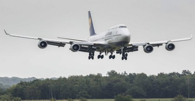Boeing a fin 747 de producción y advierte de los recortes de empleo
