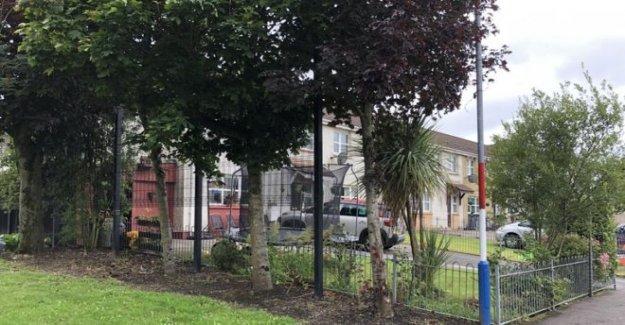 Bombas molotov arrojados a las casas y la policía