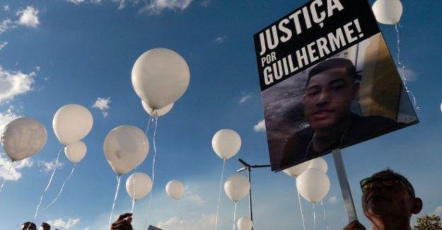 Brasil manifestantes: 'Negro vidas importan aquí, también'
