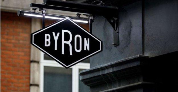 Byron Hamburguesa a la barra salidas y cobertizo de 650 puestos de trabajo