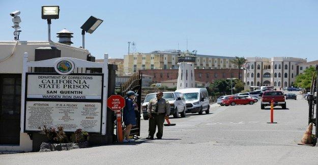 California podría liberar hasta 8.000 reclusos para evitar la propagación del coronavirus, dicen los funcionarios de la