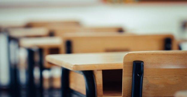 Chicago provisional de la escuela de reapertura de la propuesta: 2 días en la escuela, 3 aprendizaje a distancia