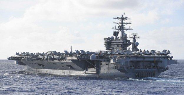 Chino tabloide tweets acerca de 'asesino de portaaviones' los misiles de la Marina de los EEUU responde
