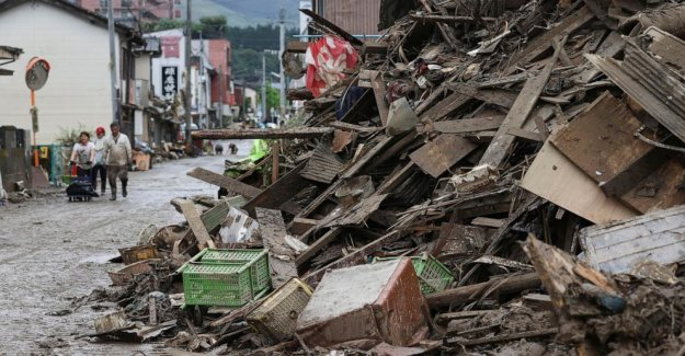 Cifra de muertos por las inundaciones en Japón se eleva a 50, docenas de desaparecidos