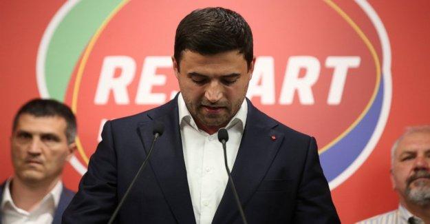 Croacia es el líder de la oposición dimitir después de la votación de la derrota
