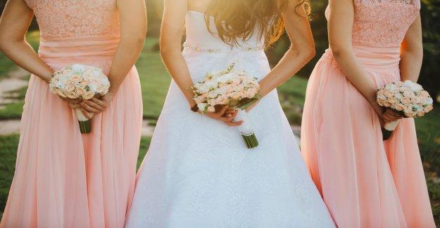 Dama de honor de humos después de la primo le pide que comprar $450 vestido para el día de la boda