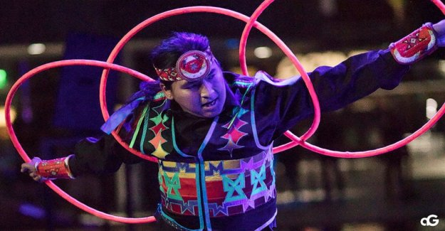 De clase mundial de aro bailarín Nakotah LaRance muere