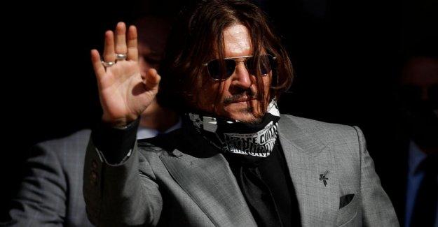 Depp abogado dice Amber heard mentido durante tabloide caso de difamación