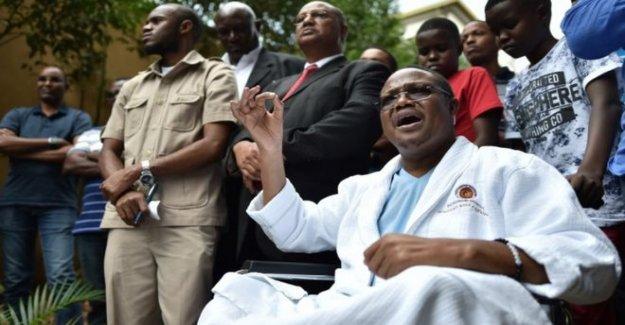 Disparo de Tanzania presidencial esperanza de que regrese a casa