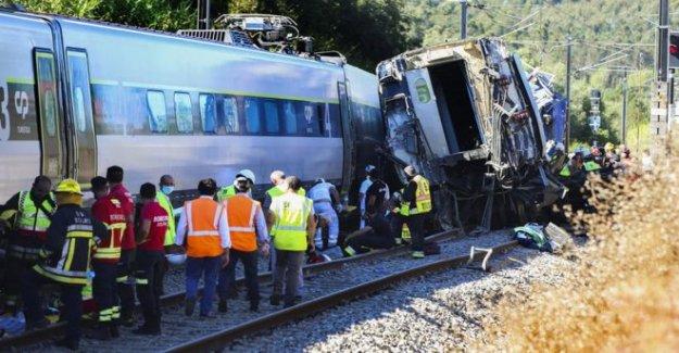 Dos muertos después tren descarrila en Portugal