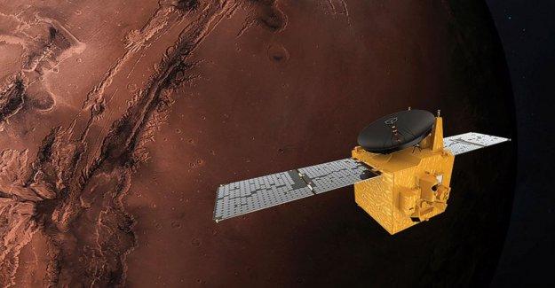 EMIRATOS árabes unidos de la misión a Marte de Japón retrasado de nuevo por el clima
