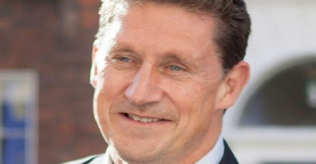 Eamon Ryan re-elegido como líder del partido Verde Irlandés