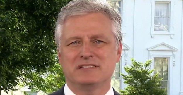 El asesor de seguridad nacional dice que el Triunfo de la CIA más breve decidí no compartir Rusia recompensa de intel