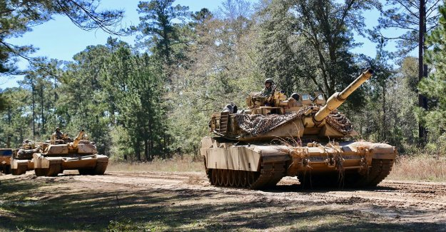El ejército de los mapas de los planes de futuro de tanque
