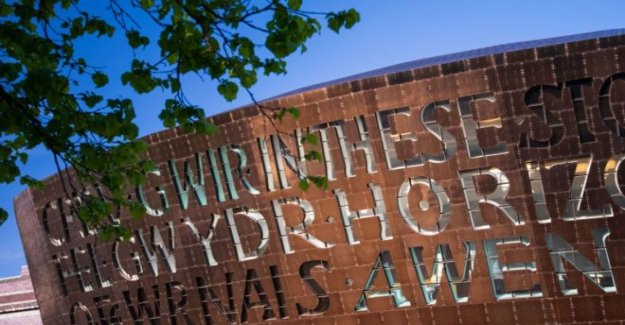 El galés artes 'desesperada' por el apoyo del gobierno