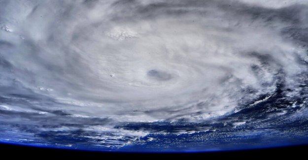 El huracán Hanna 'fascinante' tierra en Texas visto desde el espacio, significativo lluvias de la presente amenaza de inundación