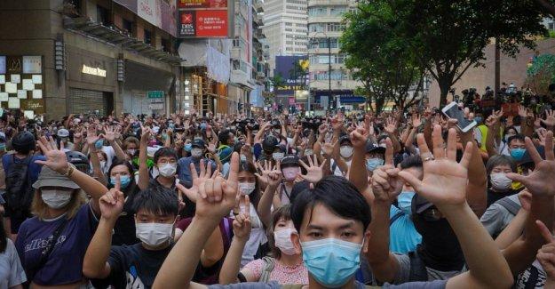 El reino unido para abrir la ruta de acceso de la ciudadanía a Hong Kongers de enero