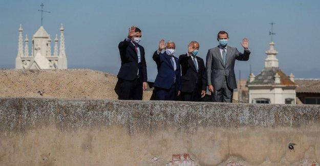 España, Portugal líderes de la marca de la reapertura de la frontera con pompa