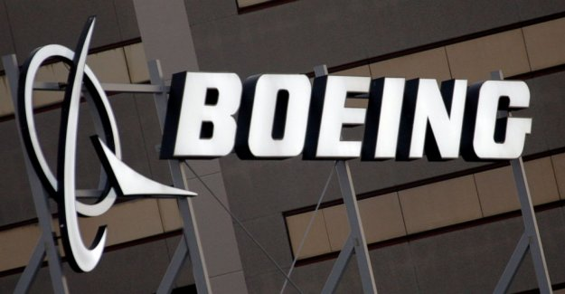 FAA: Verificación de los motores de 737 que podría cerrar la mitad de vuelo