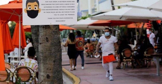 Florida alcanza el Estado de nueva york en el coronavirus de los casos, agrega 9,300