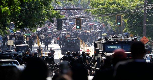 Fuerzas federales enviados a Seattle han 'desmovilizados' y la 'izquierda' el alcalde anuncia la