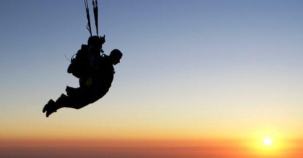 Georgia adolescentes que murieron cuando el paracaídas no se abre mientras que el paracaidismo: informe