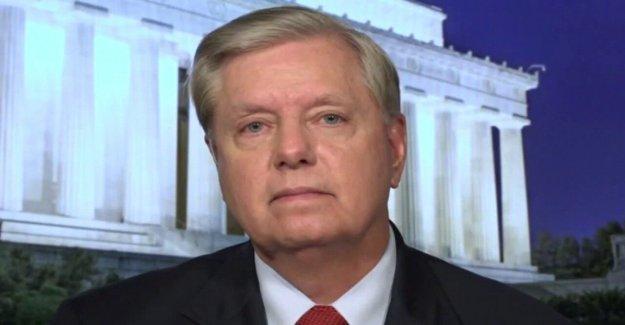 Graham dice que la fuente clave para Steele expediente fue jugado como un violín' de inteligencia ruso