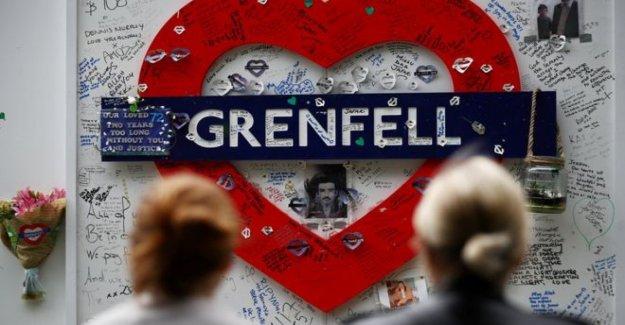 Ingeniero inconsciente Grenfell revestimiento plantea 'problemas'