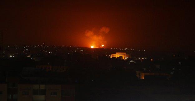 Israel, Hezbolá comercio de fuego en la seguridad de un incidente cerca de la frontera Libanesa