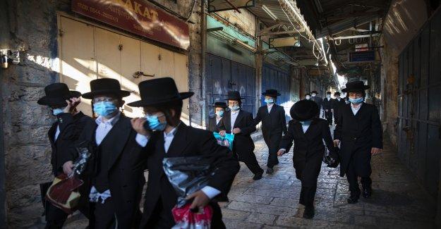 Israel impone el barrido de nuevo coronavirus restricciones