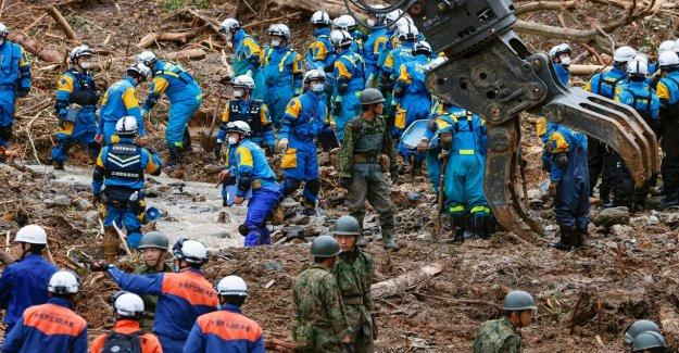 Japón inundaciones número de muertos se eleva a 49 como más fuerte lluvia golpea la región