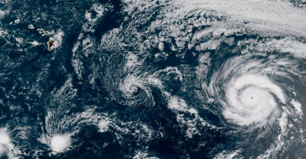 La Tormenta Tropical Hanna se mueve hacia la costa de Texas