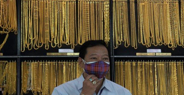 La incertidumbre empuja el precio del oro para grabar, más de $1,930 por onza