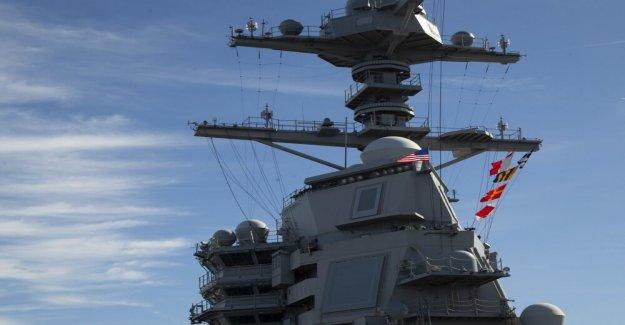 La marina de Guerra Electrónica deja de múltiples enemigo de ataques con misiles a la vez