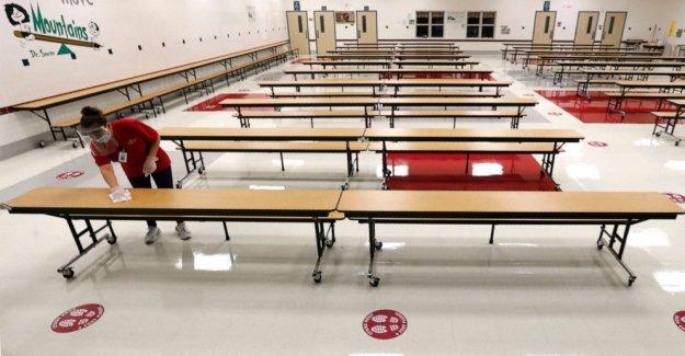 La mayoría de las escuelas públicas tienen barreras físicas que limitan el acceso de las personas con discapacidad: Informe