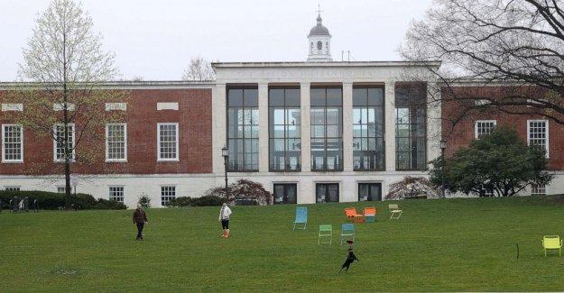 La soga se encuentra en edificio propiedad de la élite de la universidad
