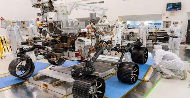 Lanzamiento de la NASA Mars rover retrasado de nuevo, de 2 semanas a la izquierda para volar