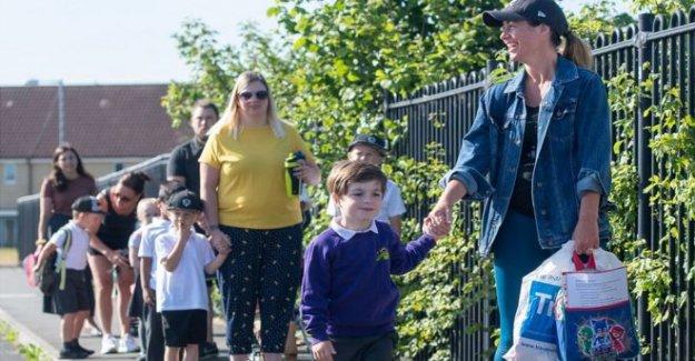Las escuelas en Irlanda a abrir a finales de agosto