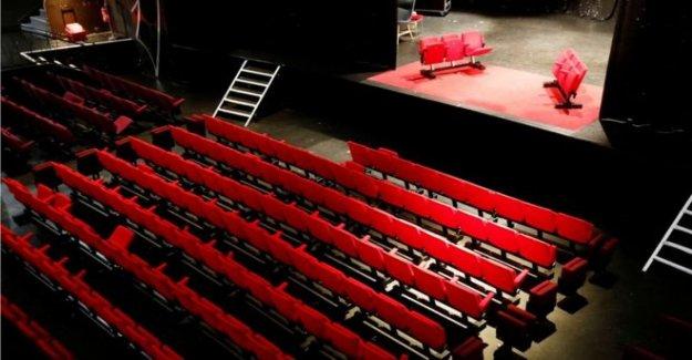 Llamada de la cortina para Irlanda del Norte teatros?