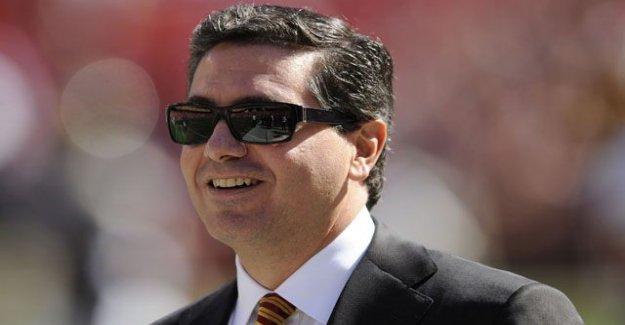 Los Redskins a una minoría de propietarios que buscan vender acciones de medio de cambio de nombre dilema: informes