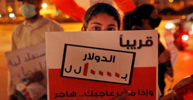 Los libaneses a los principales minoristas apague en medio de la crisis económica