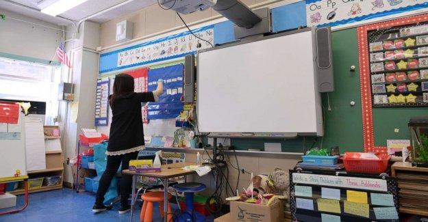 Los maestros preocuparse de volver a clase en medio de las oleadas de COVID-19 casos
